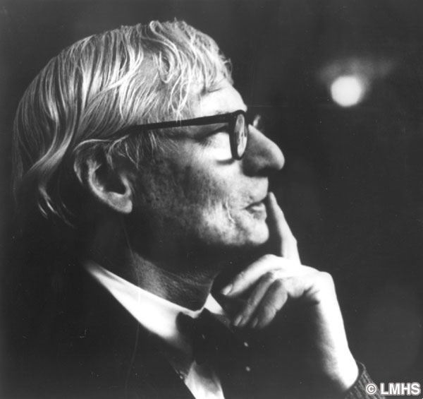 louis kahn 1972 photograph. Black Bedroom Furniture Sets. Home Design Ideas